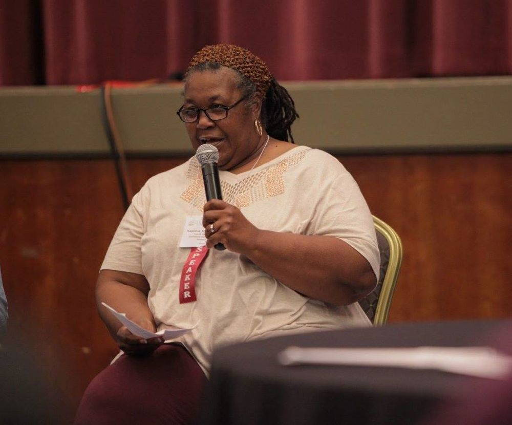 Naeema Muhammad, organizing co-director for the North Carolina Environmental Justice Networks, speaks at a workshop.