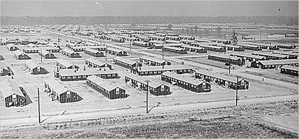 An aerial photo taken in 1942 of a wartime relocation camp for Japanese Americans and Japanese immigrants.