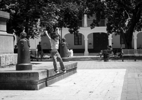 El gran salto Parque Colón, Zona Colonial, Santo Domingo, Dominican Republic