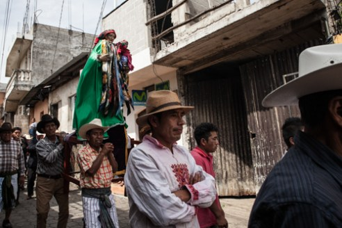 The Virgen is taken from Santiago de Atitlan church to the house of the brotherhood where Maximon is.