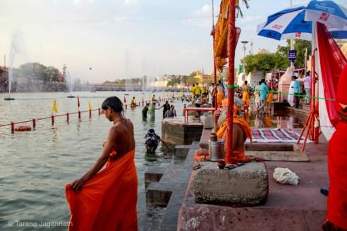 Edge of Humanity Magazine - At Bank of river Shripra - Holy Dip Ujjain Kumbhmela 2016