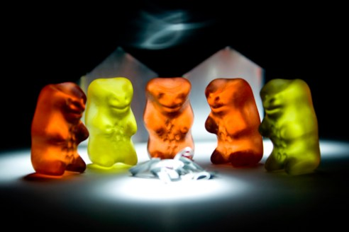 edge-of-humanity-gummy-bears-michalfanta-com_2016_0005