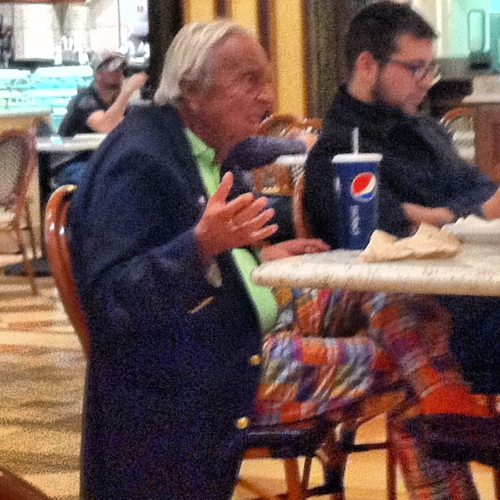 This Guy At The Venetian Food Court