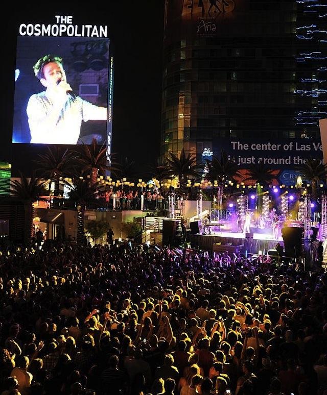 Boulevard Pool Cosmopolitan Las Vegas