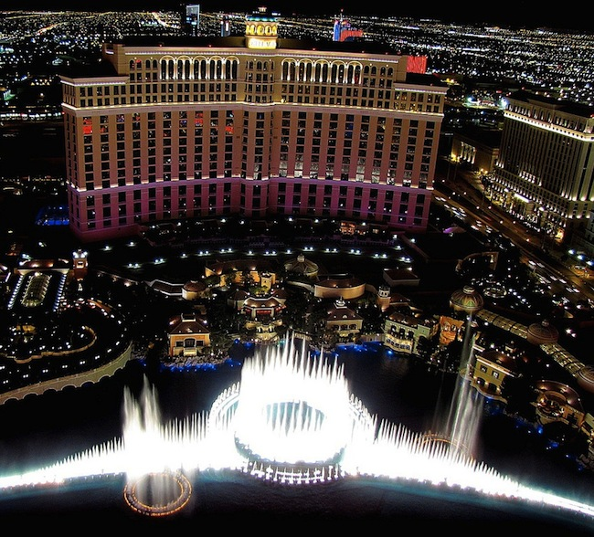 Bellagio Las Vegas Hotel And Fountain Show at Night