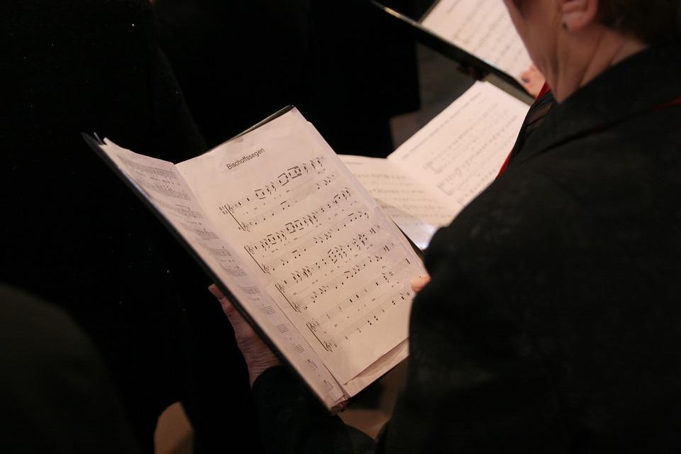 choir-408422_960_720
