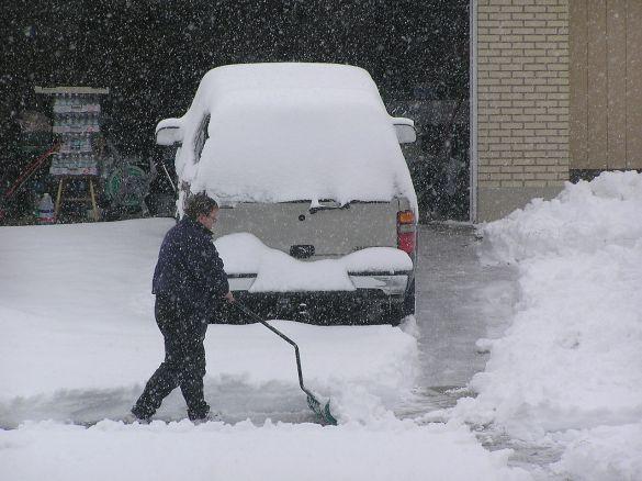 1280px-0312_december_2003_snowstorm