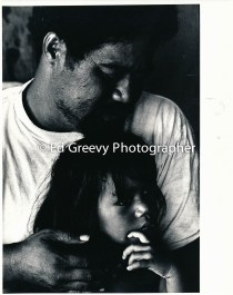 Sand Island Samoan Father and Daughter 4090-5-15 12-1979