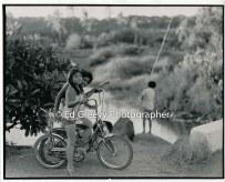 2-niumalu-girls-with-boy-fishing-niumalu-nawiliwili-2666-83-7a-8-73