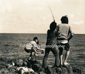 boys-fishing-on-kauai-near-the-lihue-airport-2666-76-6-8-73