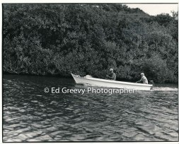 fishermen-head-down-river-on-the-huleia-river-kauai-2666-77-5a-8-73