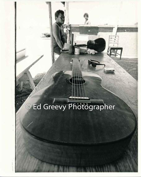 Mokauea Island guitar. 2914-6-3 8-26-75