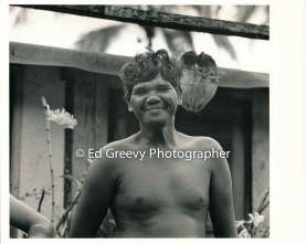 niumalu-fisherman-leslie-kolo-at-home-on-kauai-2666-39-8-8-73