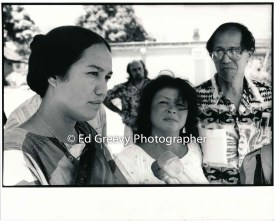 left-mililani-trask-with-pua-burgess-david-stannard-and-dr-kekuni-blaisdell-at-anti-h-3-protest-demo-at-bishop-museum-1985-6060-34