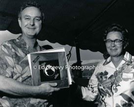 Big Brothers Hawaii Director Doris Melleney presents award to a Big Brother. 2554 1972