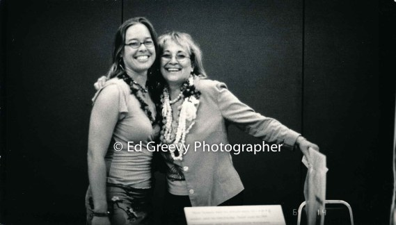 Documentary photographer Mary-Ann Lynch with daughter at UH Manoa lecture._