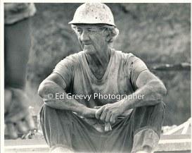 Geroge Santos on his Kalama Valley pig farm 2324 1971
