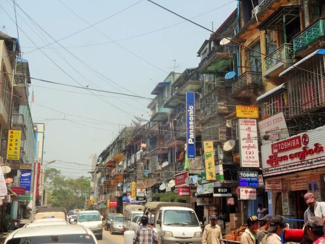 Street shot of Yangon
