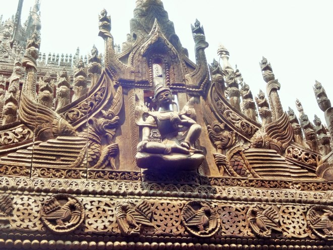 Shwe Kyuang teak carvings