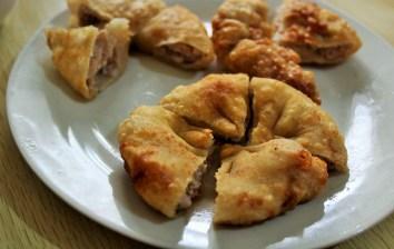 Crispy stuffed 'pancake'