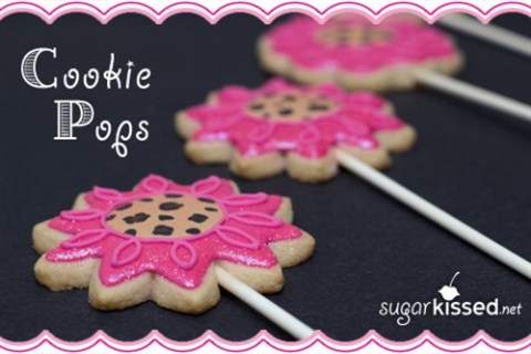 Cookie Cake Pops – Cookies on a Stick!