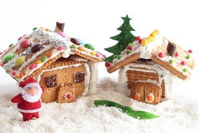 No-Bake Gingerbread Houses