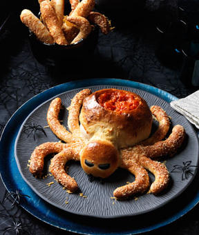 Spider Pizza Appetizer Edible Crafts