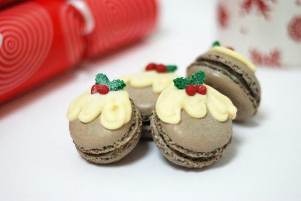 christmaspuddingmacarons-1