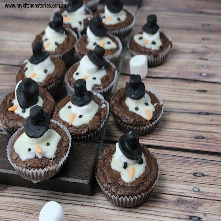 Melted snowman brownies edible crafts for Arts and crafts for brownies