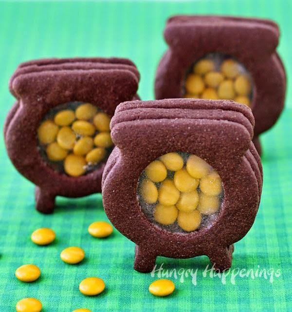 peek-inside-pot-of-gold-cookies