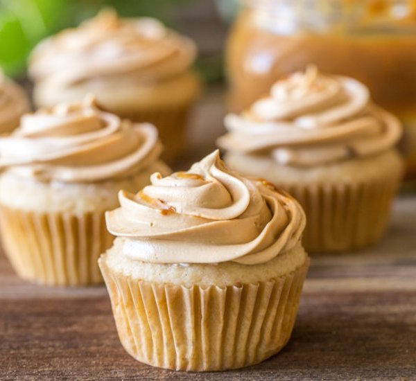 apple cupcakes with dulce de leche buttercream