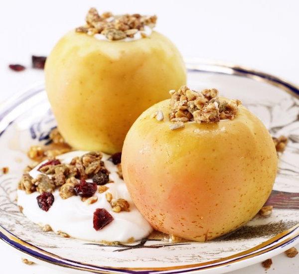 Easy Baked Breakfast Apples – Edible Crafts