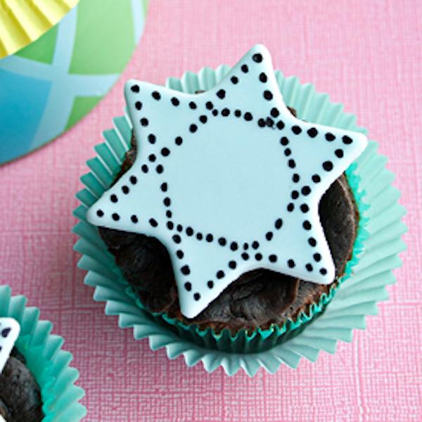 star of david cupcake