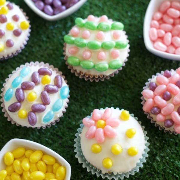 Easter cupcakes with jelly beans