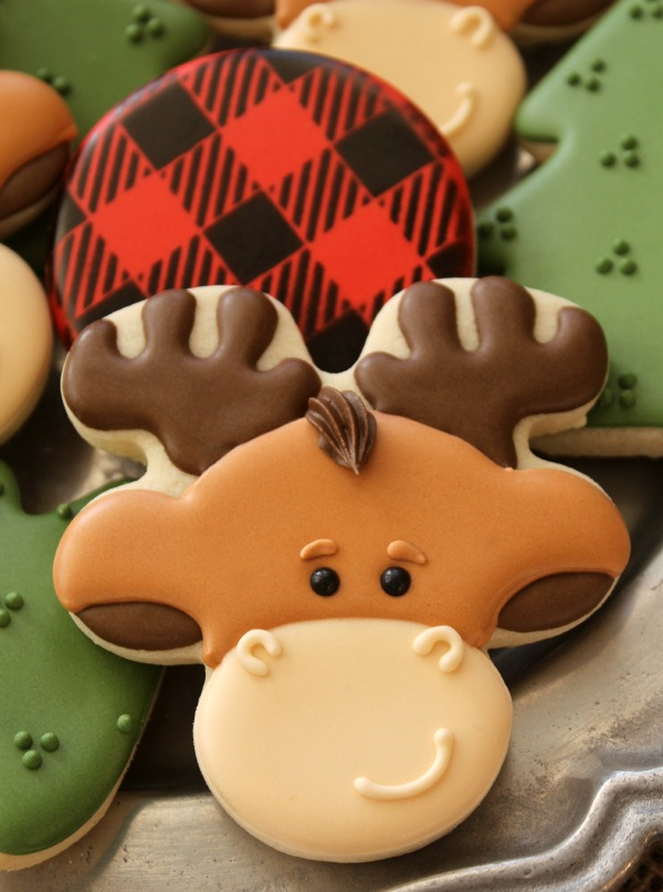 Decorated-Moose-Cookie