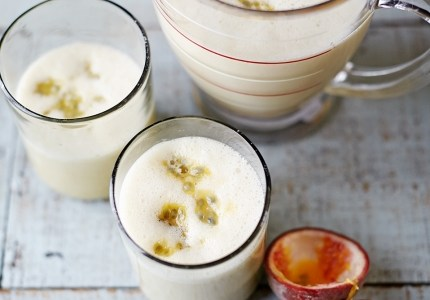 Smoothie Recipe – Almond Banana and Passionfruit
