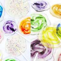 Homemade Lollipops + Other Fun Candy Recipes