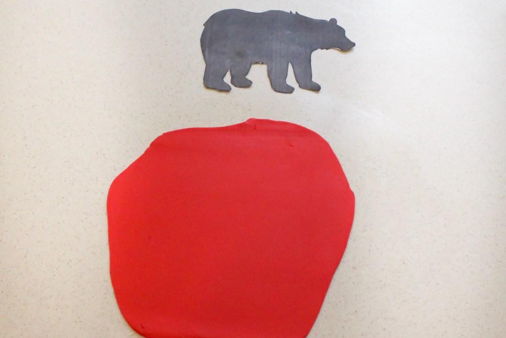 Buffalo Plaid Black Bear Cake How To