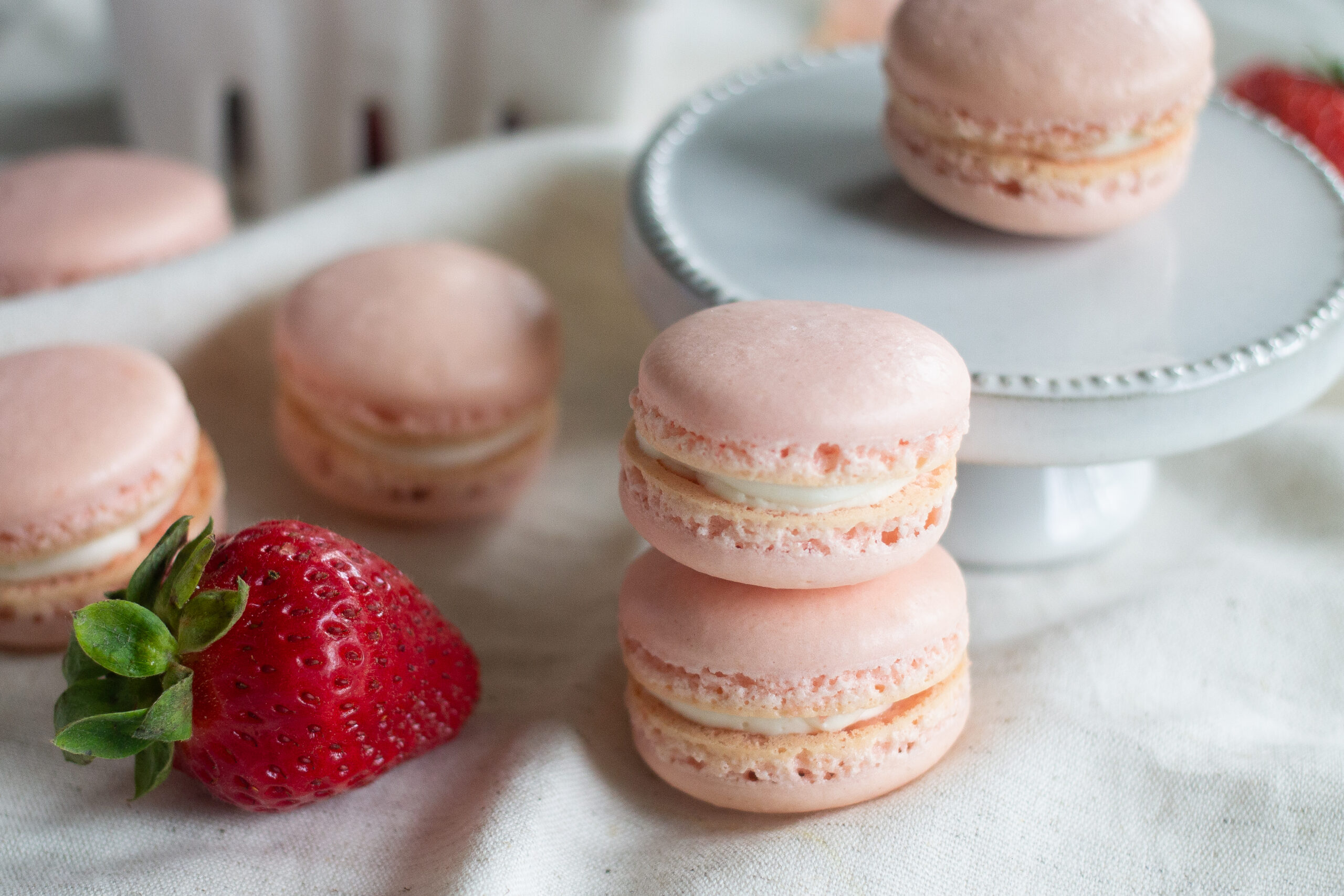 Strawberry Macaron Recipe More Flavor Ideas Edible Times