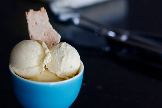 custard ice cream recipe from Edible Times