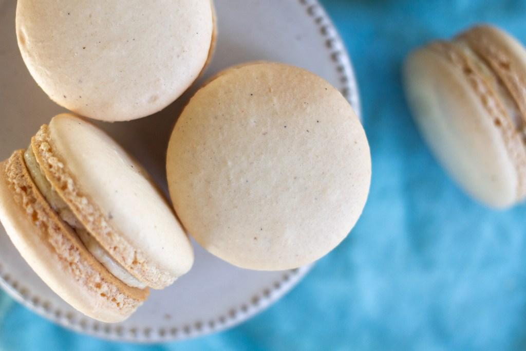 Vanilla bean macarons recipe by Edible Times