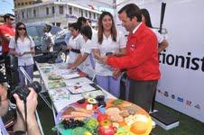 Elige Vivir Sano: Iquiqueños conocen  pro de alimentación sana y  contra de comida chatarra