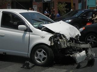 50 choques en esquina de Arturo Fernández con Zegers