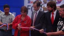 Emprendedores de la Región muestras productos en Expo FOSIS 2011