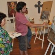 Clases de pintura ofrece Universidad Católica en Pica, en convenio con Collahuasi