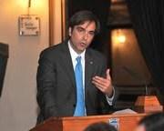Ministro Cruz-Coke firmó acuerdo que permitirá restauración de Teatro Municipal