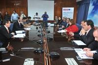 Cosayach se compromete a parar despidos ante la intendenta de Tarapacá