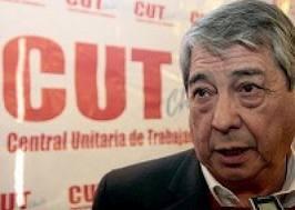 Arturo Martínez reconoce victoria de Bárbara Figueroa en la CUT