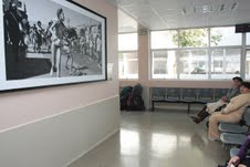 Murales fotográficos en el Hospital Regional montó Fundación Seguro Futuro