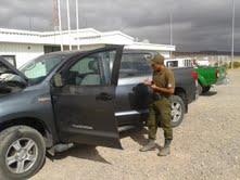 Carabineros recupera en sector alto de Pica, camioneta robada
